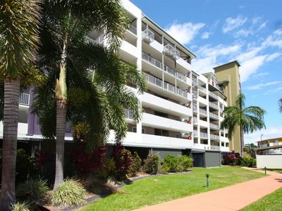 39/11-17 Stanley Street, Townsville City, Qld 4810