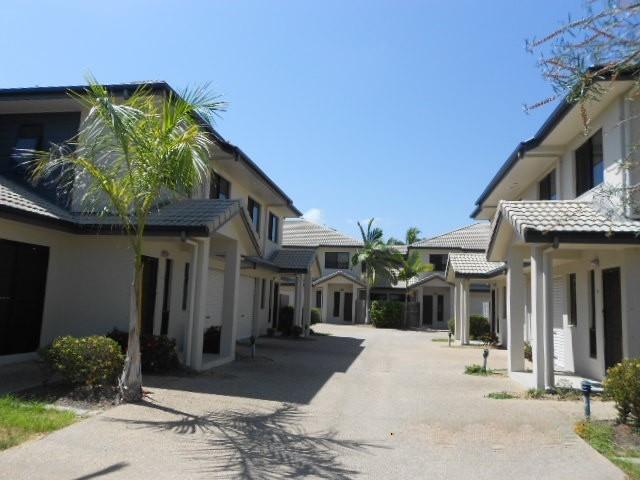 30-32 Camp Street, Mundingburra, Qld 4812