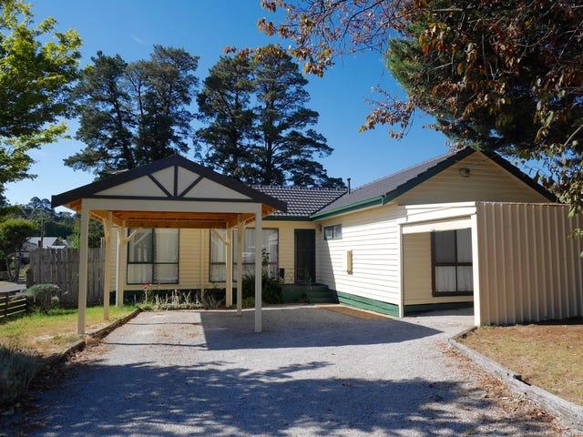 823 Mount Dandenong Road, Montrose, Vic 3765