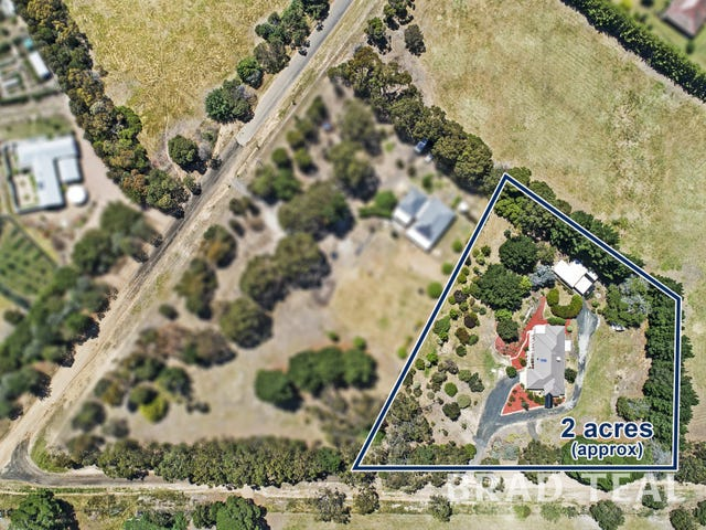 30 Royal Parade, Riddells Creek, Vic 3431