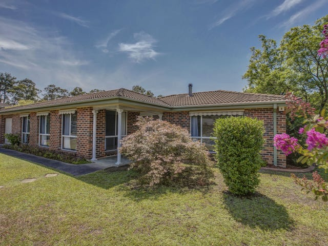 2 Endeavour Drive, Winmalee, NSW 2777