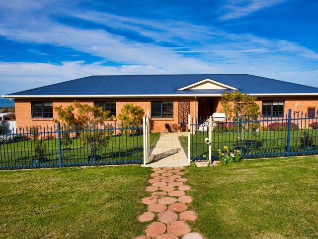 4 Andrews Place, Bridport, Tas 7262