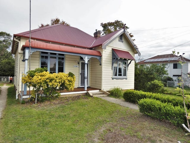 10 Railway Avenue, Faulconbridge, NSW 2776