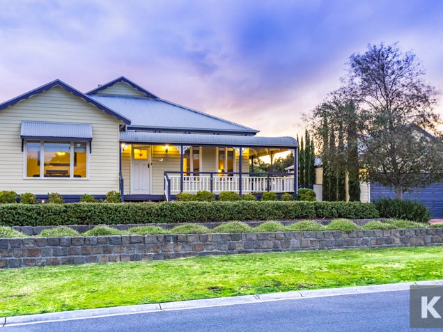 19 Woods Point Drive, Beaconsfield, Vic 3807
