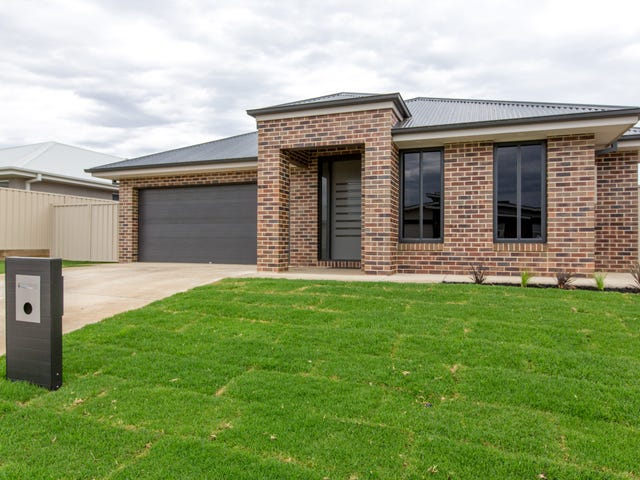 4 Cunjegong Loop, Gobbagombalin, NSW 2650