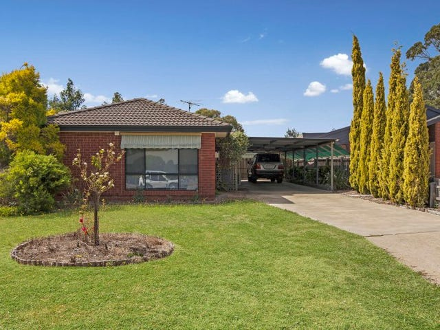 20 Cottage Crescent, Kilmore, Vic 3764