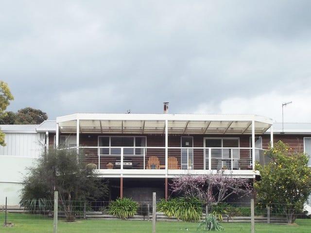 181 Main Road, Binalong Bay, Tas 7216