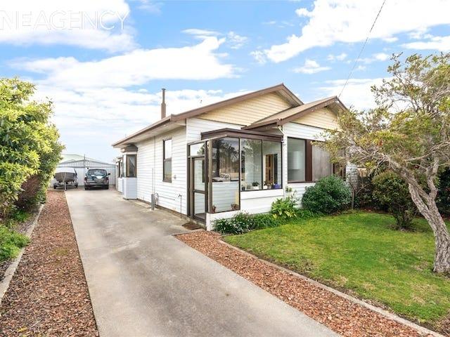 66 Nicholls Street, Devonport, Tas 7310