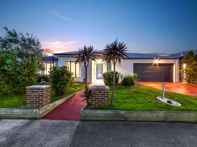 1 Golden Elm Way, Lyndhurst, Vic 3975