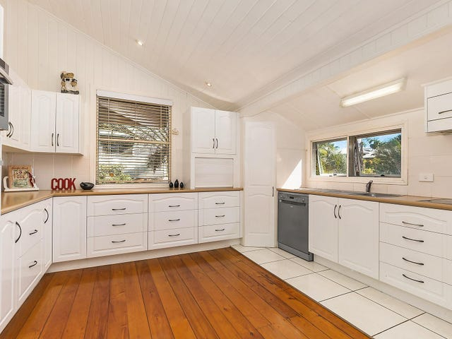 26 Brecknell Street, The Range, Qld 4700