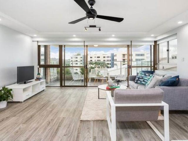 21/373 Golden Four Drive, Tugun, Qld 4224