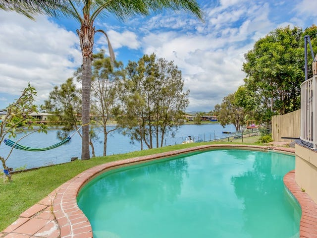 8 Altissimo Close, Varsity Lakes, Qld 4227