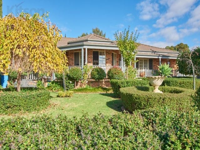 33 Lamilla Street, Glenfield Park, NSW 2650