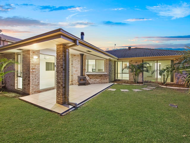 50 Hawkesbury Avenue, Pacific Pines, Qld 4211