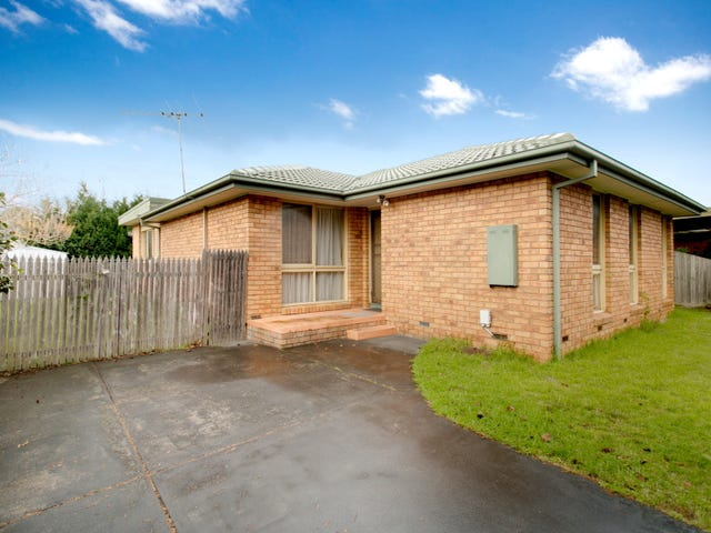 62 Dunsterville Crescent, Frankston, Vic 3199