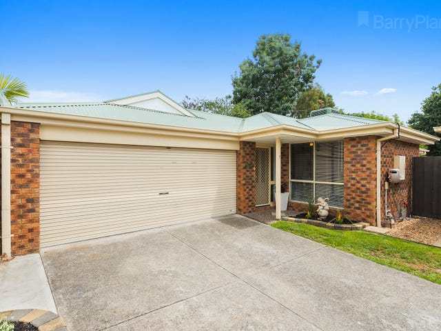 2/14 Commercial Road, Ferntree Gully, Vic 3156