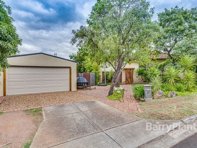8 Leicester Crescent, Melton, Vic 3337