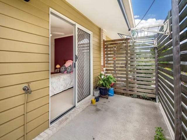 21/2-12 College Road, Southside, Qld 4570
