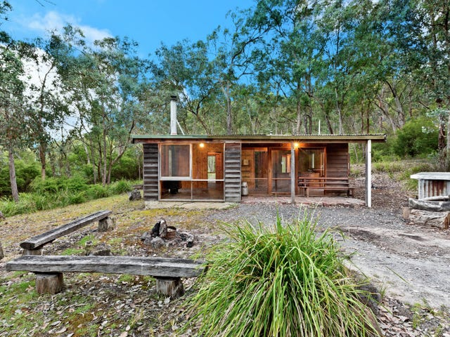 208 Catani Boulevard, Bend Of Islands, Vic 3097