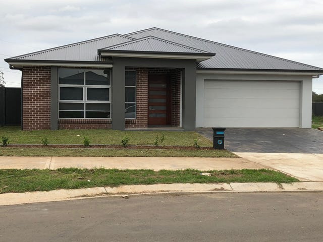 16 Madden St, Oran Park, NSW 2570