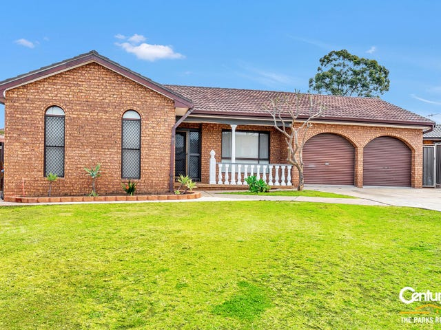 3 Topaz Place, Bossley Park, NSW 2176