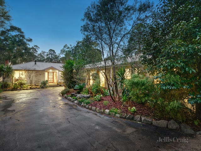 29 Cherry Tree Road, Hurstbridge, Vic 3099