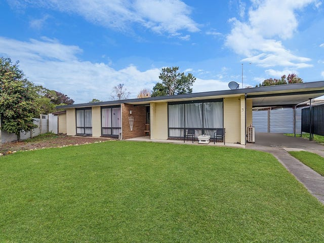 5 Darling Street, Heywood, Vic 3304
