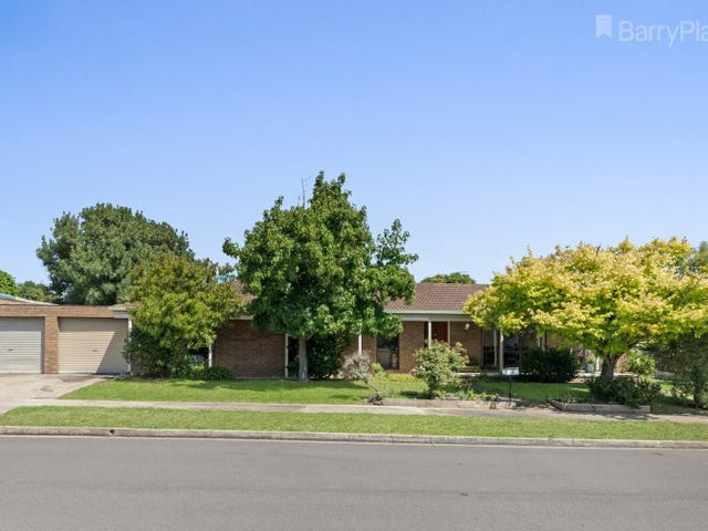 2 Stratford Court, Grovedale, Vic 3216