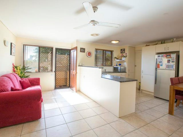6 Salmon Street, Southport, Qld 4215