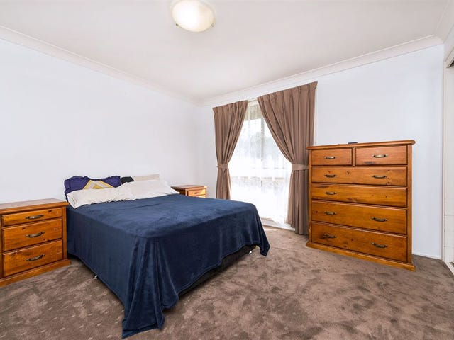 18 Cropley Drive, Baulkham Hills, NSW 2153