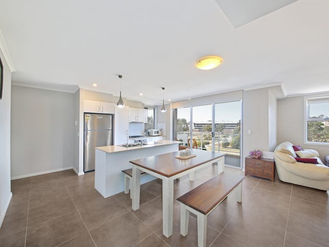 13/15-17 Parc Guell Drive, Campbelltown, NSW 2560