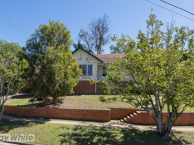 4 Clearview Terrace, Seven Hills, Qld 4170