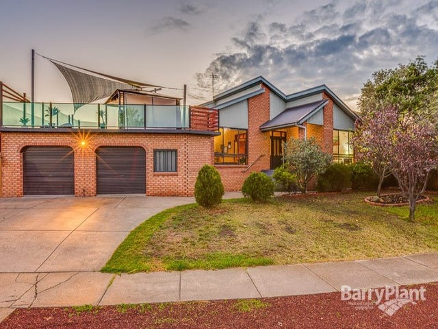 32 Messina Crescent, Taylors Lakes, Vic 3038