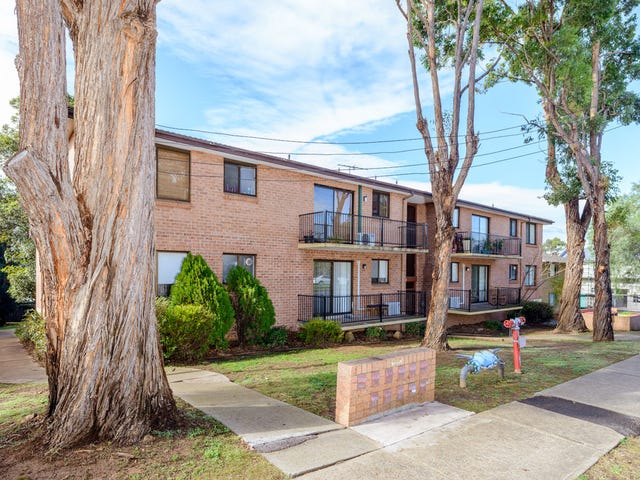 4/32-34 Old Hume Highway, Camden, NSW 2570