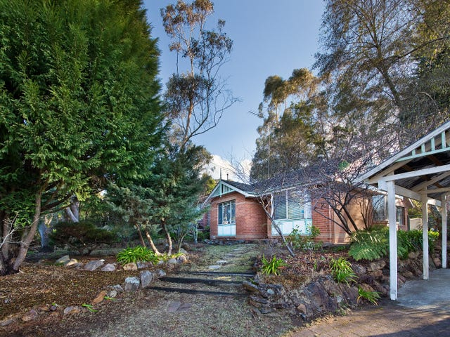 10 Links Road, Blackheath, NSW 2785
