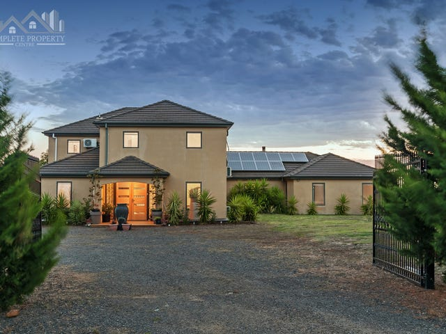 13 The Dress Circle, Oaklands Junction, Vic 3063