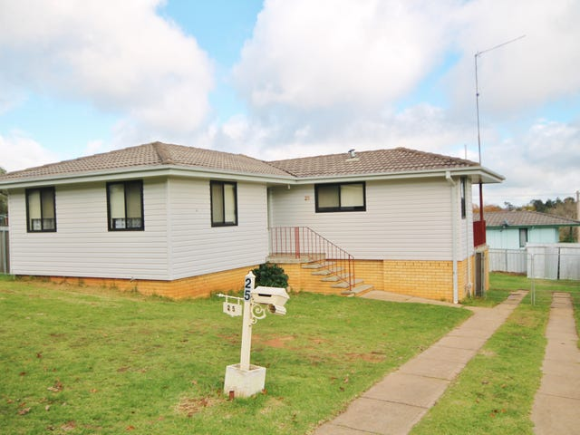 25 Taylor Road, Young, NSW 2594