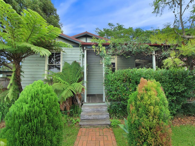 16 Montague Street, Fairy Meadow, NSW 2519