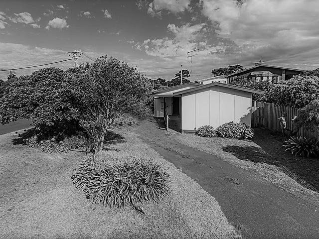 33 Felix Crescent, Torquay, Vic 3228