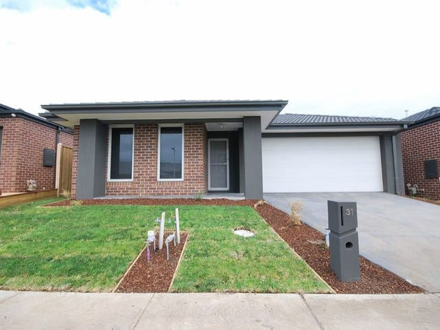 31 SANDYMOUNT DRIVE, Clyde North, Vic 3978