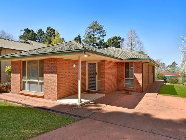 4 Pritchard St, Wentworth Falls, NSW 2782