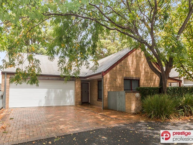 2/19 Troopers Mews, Holsworthy, NSW 2173