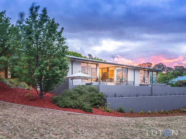 10 Nicholii Loop, Jerrabomberra, NSW 2619