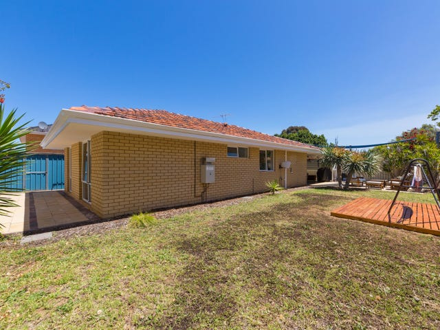 212A Weaponess Road, Wembley Downs, WA 6019