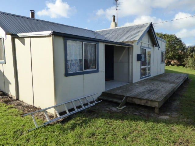 17 Franklin Parade, Lady Barron, Flinders Island, Tas 7255