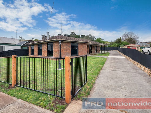 222 High Street, Learmonth, Vic 3352