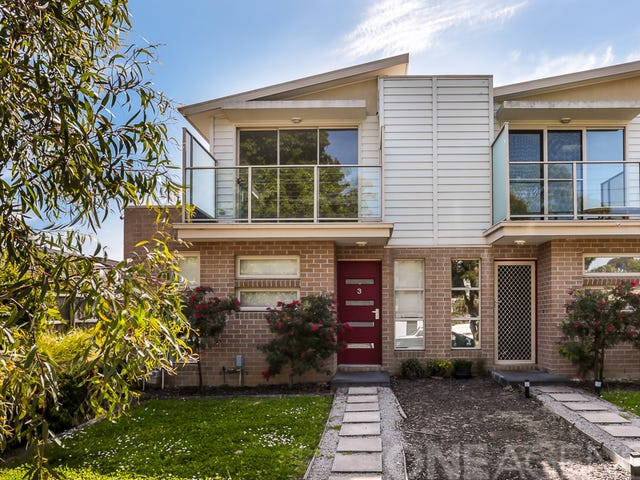 3/8 Pine Crescent, Boronia, Vic 3155