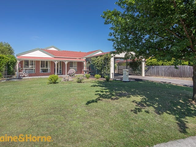 11 Landscape Close, Gisborne, Vic 3437