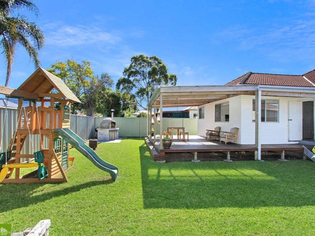 18 Townsend Avenue, Fairy Meadow, NSW 2519