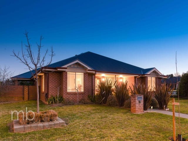 2 Valencia Drive, Orange, NSW 2800